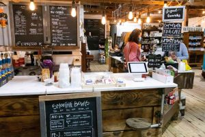 Natural Food Store Offers Healthy Options
